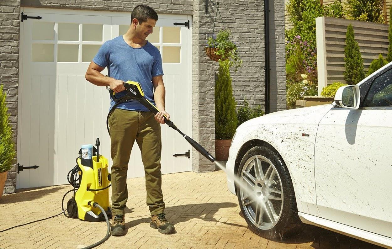 Làm cách nào để điều chỉnh áp suất máy rửa xe