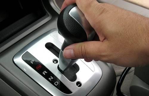 Kẹ số là hiện tượng khá phổ biến thường gặp phải ở các xe cũ