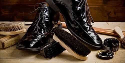 Cách chọn xi đánh giày phù hợp với đôi giày của bạn