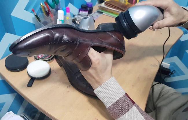 cách chọn xi đánh giày