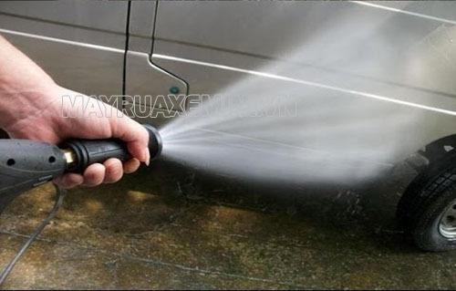 Cần biết cách điều chỉnh áp suất máy rửa xe để hiệu quả làm sạch cao nhất