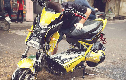 Rửa xe đạp điện đúng cách giúp tránh được những sự cố không đáng có