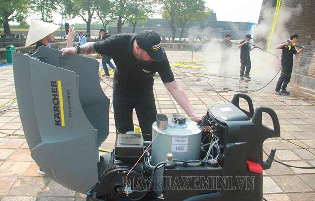 Bảo dưỡng máy xịt rửa xe hơi nước nóng
